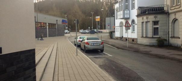 rutenbeckerweg_parkplatz_statt_fahrradweg